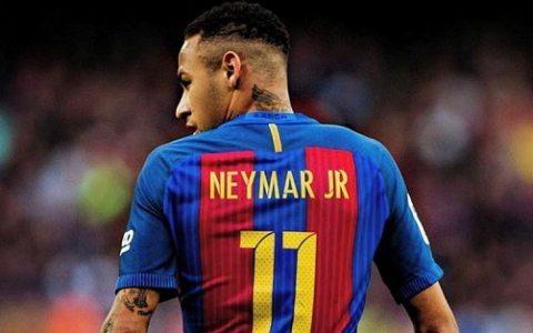 Jerar Pike: «Neymar ikki o't orasida qoldi»