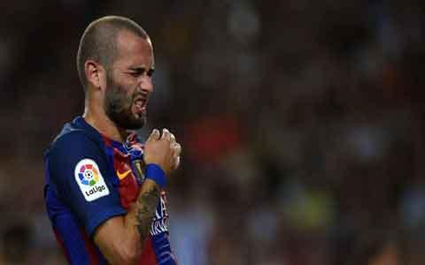"""""""Barselona"""" futbolchisini sotishga tayyor"""